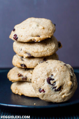 Delicious chocolate cranberry cookies! These vegan and gluten free cookies are made with buckwheat flour and are a healthy way to satisfy your sweet tooth. - by Veggie Lexi