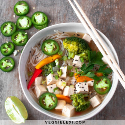 Vegan and Gluten Free Easy Pho. Rice Noodle Soup with Bell Pepper, Onion, Broccoli, Cauliflower, Rice Noodles, and Tofu - by Veggie Lexi